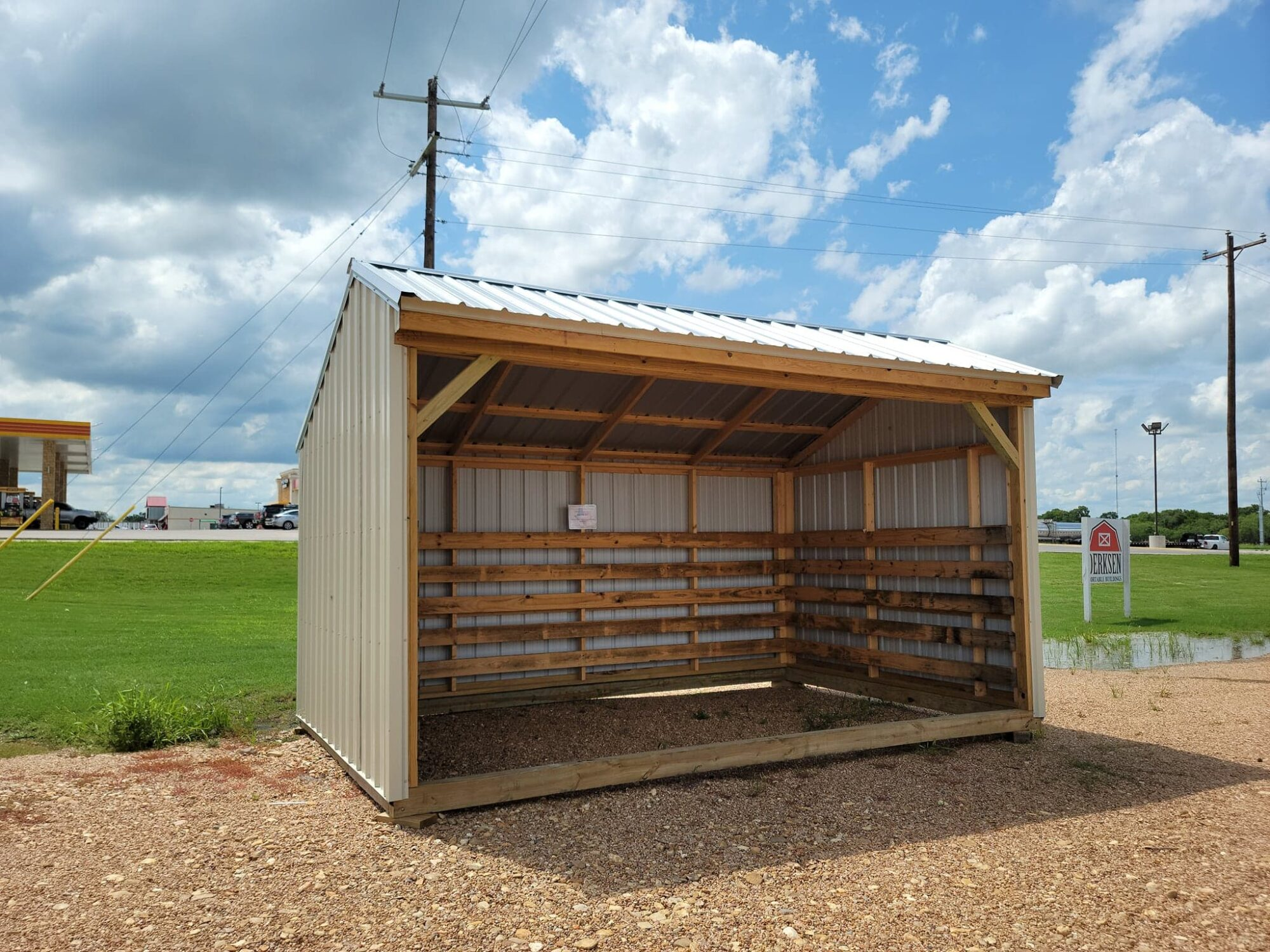Sunview Run-In Shed
